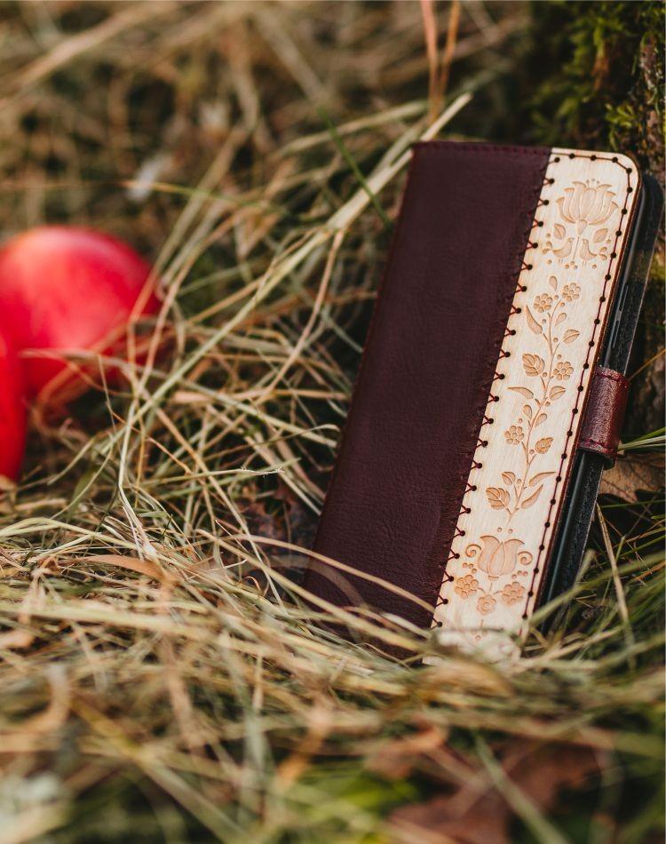Kožené puzdro na telefón Kalocsai bordové Samsung Galaxy A40
