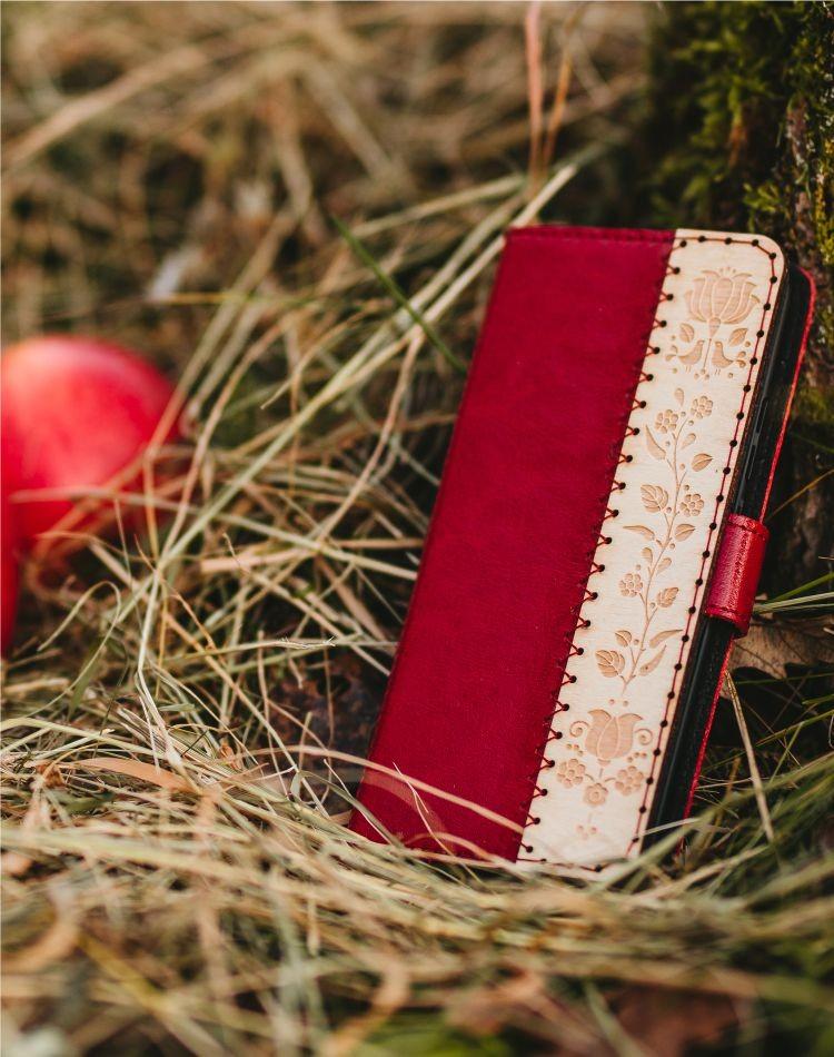 Kožené puzdro na telefón Kalocsai červené iPhone XR