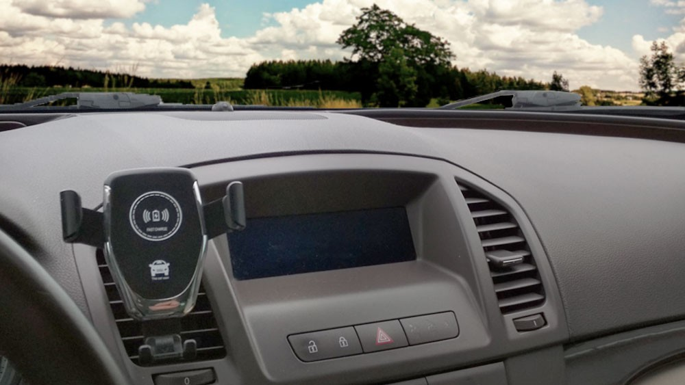 Odporúčame: nabíjací wireless stojan do auta